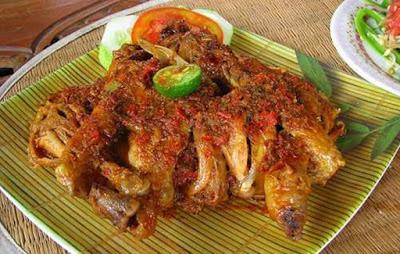 Ayam Bebek Betutu Khas Bali