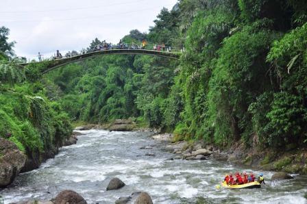 Destinasi Liburan Desa Wisata Lolong Pekalongan