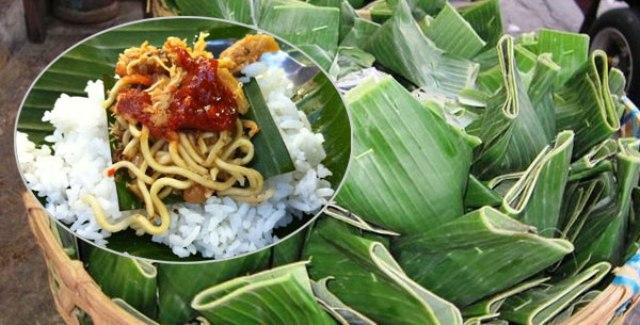 Nasi Jinggo Khas Bali - makanan khas Bali