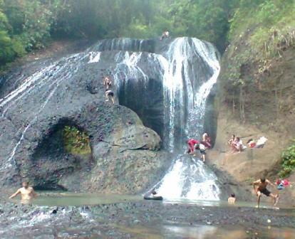 Objek Wisata Alam Curug Bojong Pangandaran