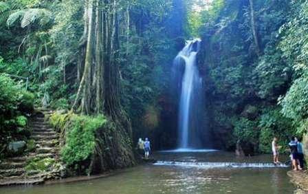 Objek Wisata Alami Curug Ciputri Kuningan - tempat wisata di Kuningan
