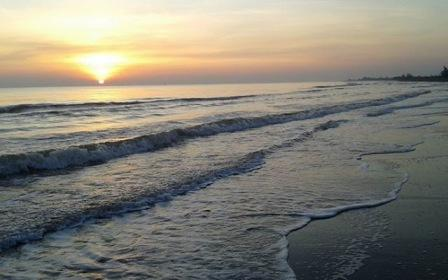 Objek Wisata Pantai Wonokerto Pekalongan