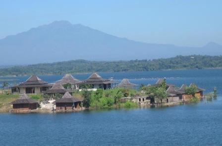 Objek Wisata Waduk Kedung Ombo Boyolali