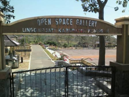 Open Space Gallery Kuningan