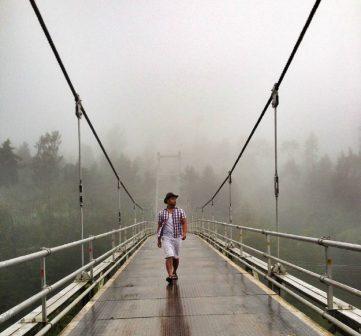 Spot Selfie Jembatan Gantung