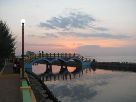 Tempat Wisata Pantai Pasir Kencana di Pekalongan - tempat wisata di Pekalongan