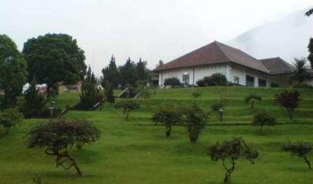 Tempat Wisata Sejarah Gedung Perundingan Linggarjati