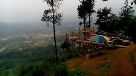Wisata Bukit Panembongan Kuningan