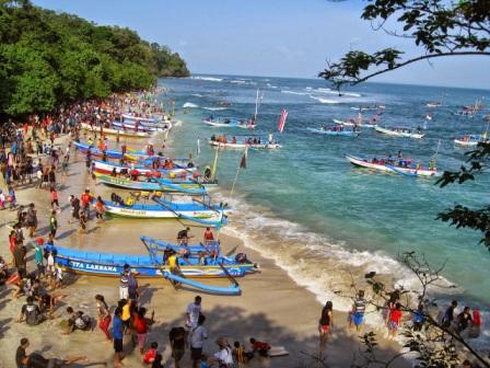 Wisata Pantai Pananjung Pangandaran