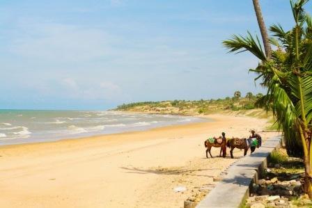 Liburan ke Pantai Slopeng Madura