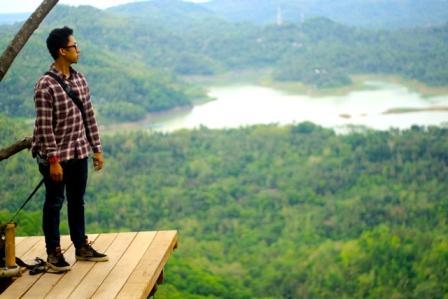 Wisata Alam Kalibiru Kulonprogo