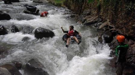 Wisata River Tubing Sumedang