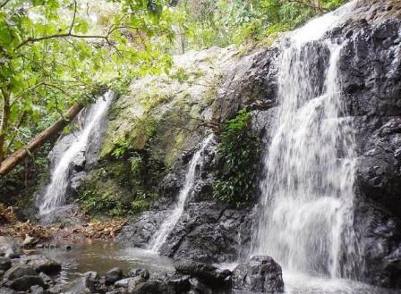 Wisata ke Air Terjun Bajuin Banjarmasin