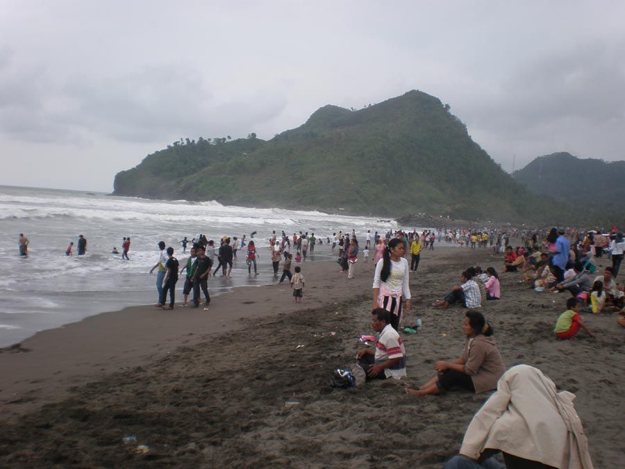 Kiendahan Pantai Suwuk Kebumen