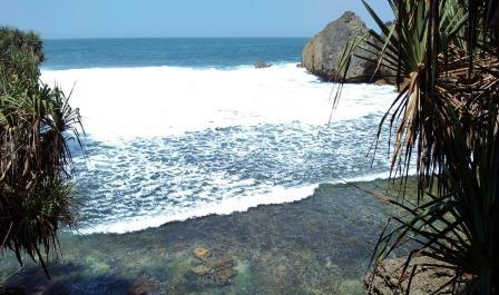 Pantai Dadapan - wisata wonogiri