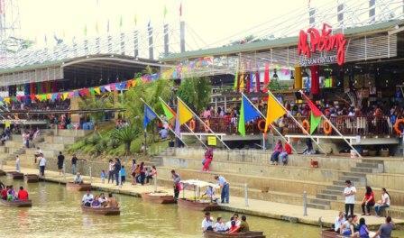 Ah Poong (Pasar Apung Sentul City) Food Court