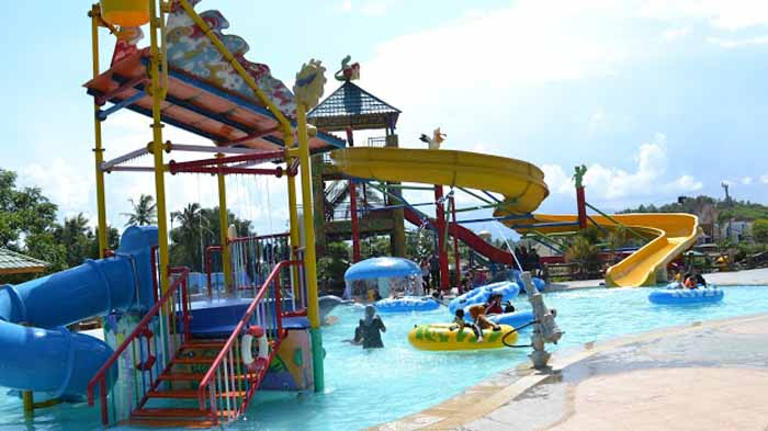 D'Mermaid Waterpark via Lampungco