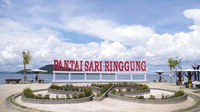 Pantai Sari Ringgung via Detik