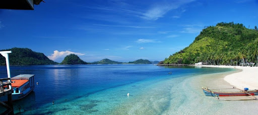 Pantai Teluk Kiluan via Malahayati