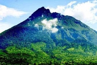 Gunung Borni Telong