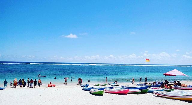 Pesona Pantai Pandawa di Bali