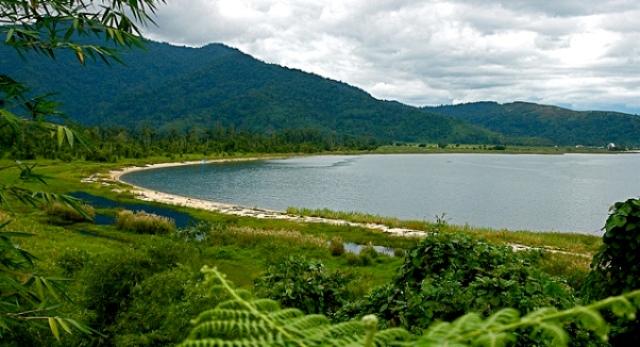 Keindahan Danau Poso Sulawesi Tengah