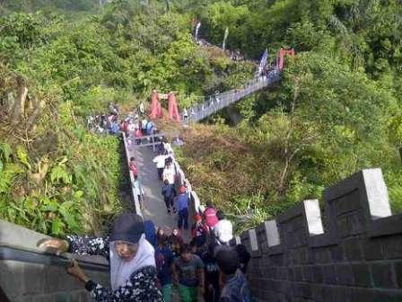 Objek Wisata Janjang Saribu koto Gadang Bukittinggi