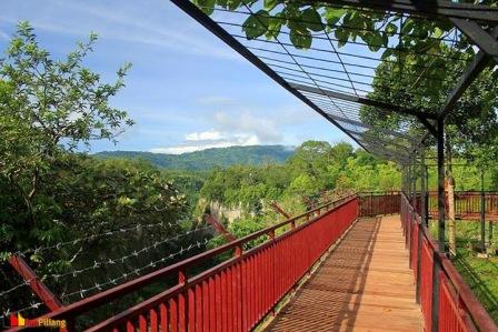 Objek Wisata Taman Ngarai Maaram Bukittinggi