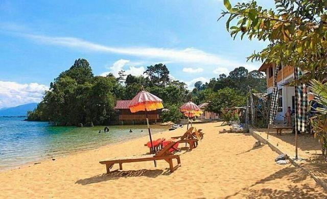 Tepian Danau Poso Sulawesi Tengah
