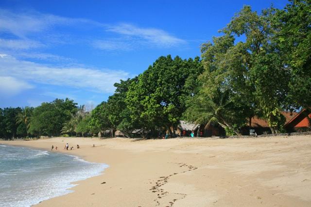 Keindahan Pantai Sambolo Anyer