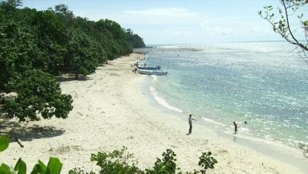 Pantai Singkil Karang Pakis