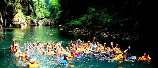 Rafting di Green Canyon Pangandaran