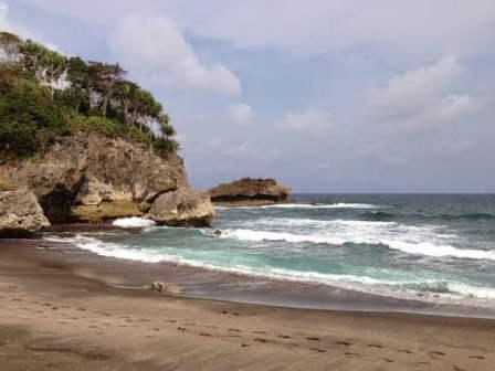 Pantai Madasari Cimerak
