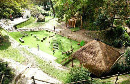 Amphitheatre Bale Pinton Maribaya