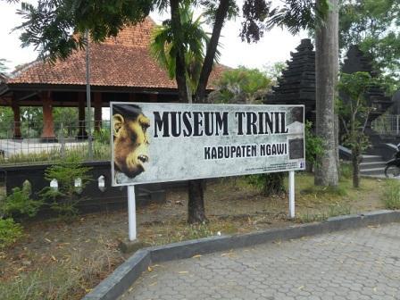 Liburan ke Museum Trinil