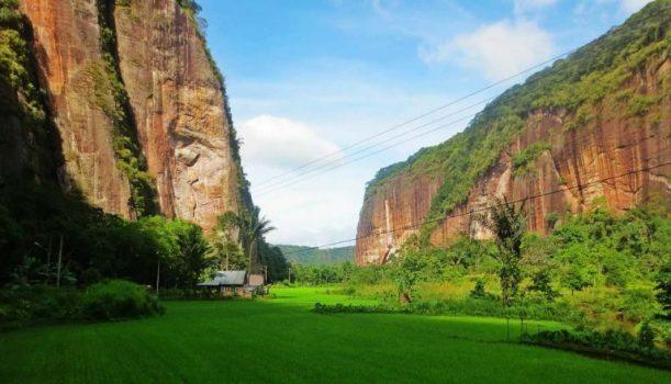 Lembah Harau Limapuluh Kota - tempat wisata di Payakumbuh