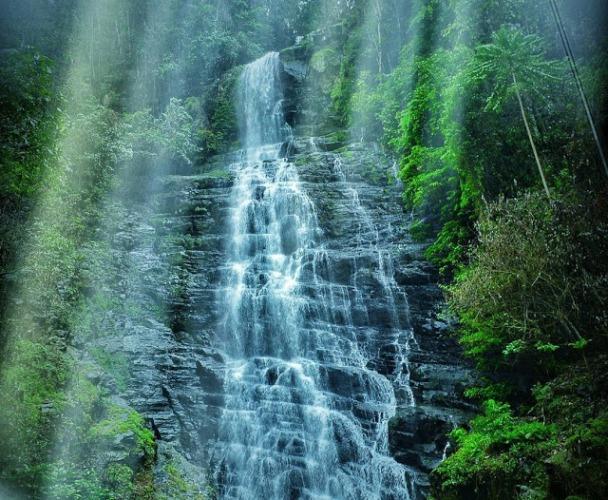Air Terjun Hiyaliyo Da'a