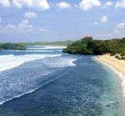 Keindahan Pantai Ngliyep Malang