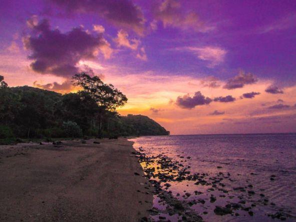 Pantai Mayangkara via @aguung8