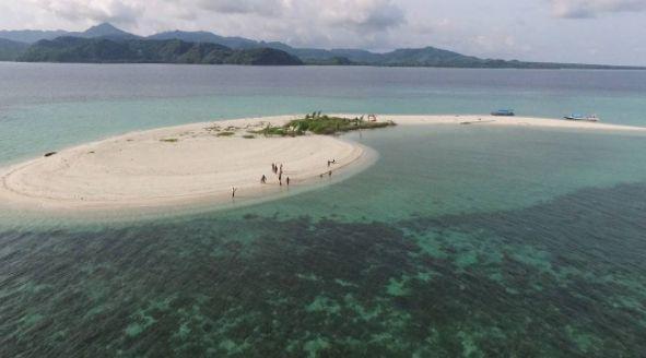 Pulau Noko Selayar via @gresiktourim