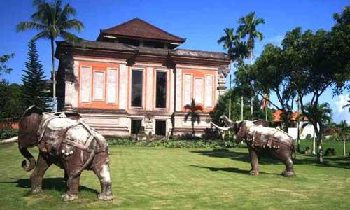Wisata Rudana Museum