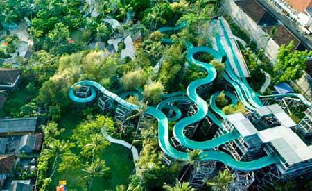 Bermain Air di Waterbom Park