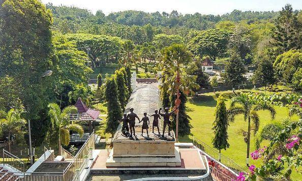 Mengunjungi Monumen Kresek Nan Pilu via @Nanda.firsta