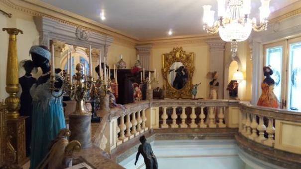 Museum Harry Darsono, Sang Desainer Kelas Dunia