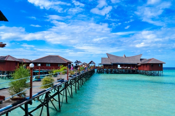 Wisata Pantai Derawan via Sportourism