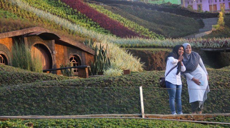 Ada Banyak Spot Selfie di Taman Kelinci Kepanjen via Dekatour