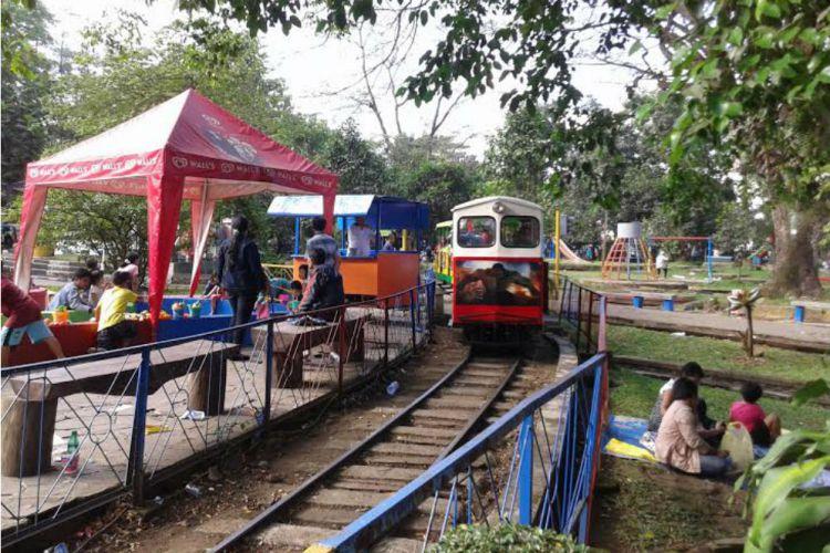 Kereta Api di Taman Lalu Lintas via merdeka