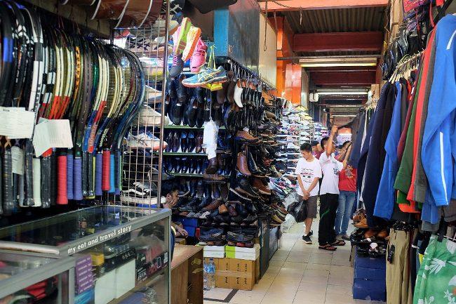 Koleksi di Pasar Taman Puring via myeatandtravelstory