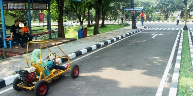 Main Mobil Seru via Kompas