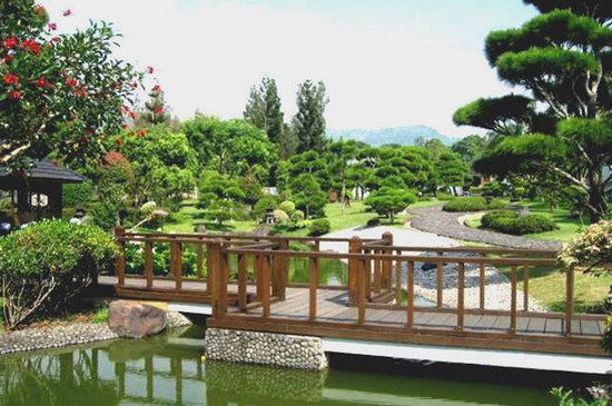 Taman Jepang via thetripcorner